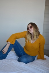 Forever 21 bell bottom longsleeve in Mustard (M) $5